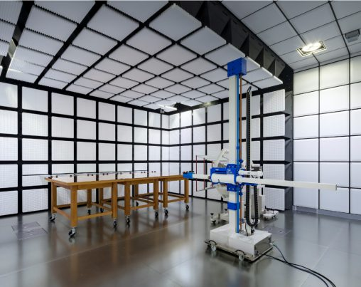 一般財団法人 日本品質保証機構 彩都電磁環境試験所 (大阪府)